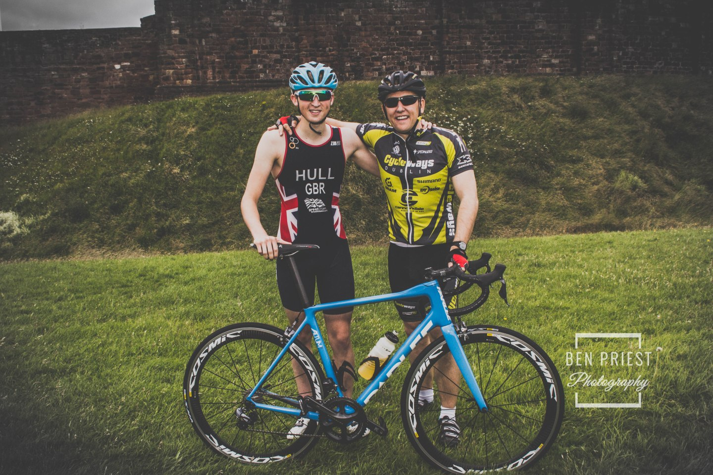 Team GB Triathlete – Jordan Hull – Cumbrian Ambassador for the World Health Innovation Summit, with Gareth Presch no.6